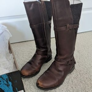 Teva Delavina tall boots - dark brown - sz 8